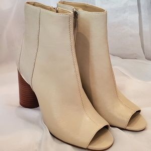DKNY Benson Leather Ankle Bootie